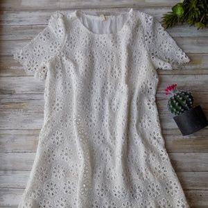 Medium Eyelet Shift Sheath Dress White Lace